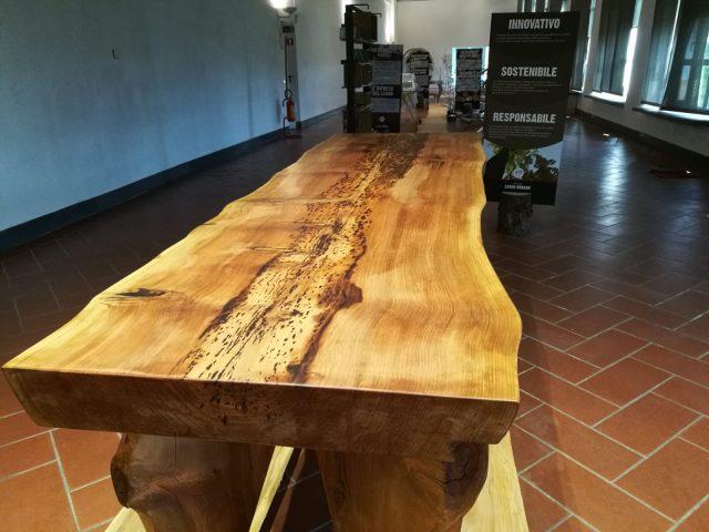 tavolo di Legno Urbano